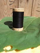 Šicí nit černá - 100% biobavlna